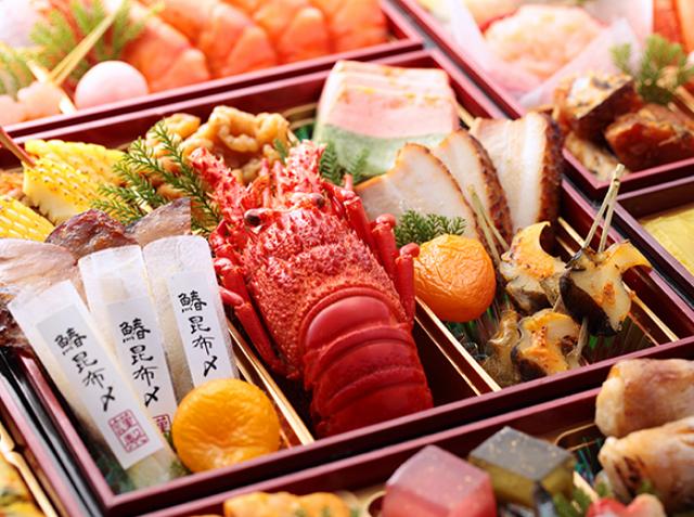 11月23日時点で現時点で予約が間に合う、2018年新春の京都人気&老舗料亭監修の冷蔵生おせち通販をピックアップ、何人楽しむのか?でそれぞれで1つづつおすすめしています。極2018岩元おせち京都料亭640-2